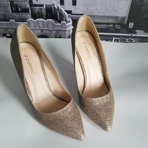 Gold Le Chateau pumps
